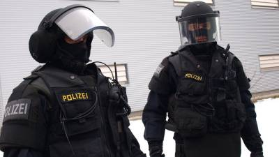 b2ap3_thumbnail_Austria-arrests-30-in-anti-terrorism-raids-says-no-link-to-Vienna-attack.jpg