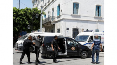 b2ap3_thumbnail_Screenshot_2019-06-27-Tunis-suicide-bombs-kill-police-officer-injure-at-least-81.png