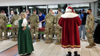 b2ap3_thumbnail_Screenshot_2020-12-22-OKC-first-responders-provide-meals-for-soldiers-traveling-home-for-Christmas.png