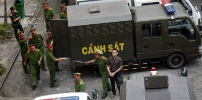 b2ap3_thumbnail_Vietnamese-arrest-seven-over-terrorist-bomb-at-police-post.jpg