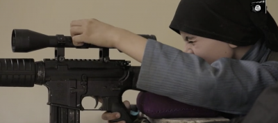 b2ap3_thumbnail_isis-video-allegedly-features-the-son-of-an-american-veteran.png